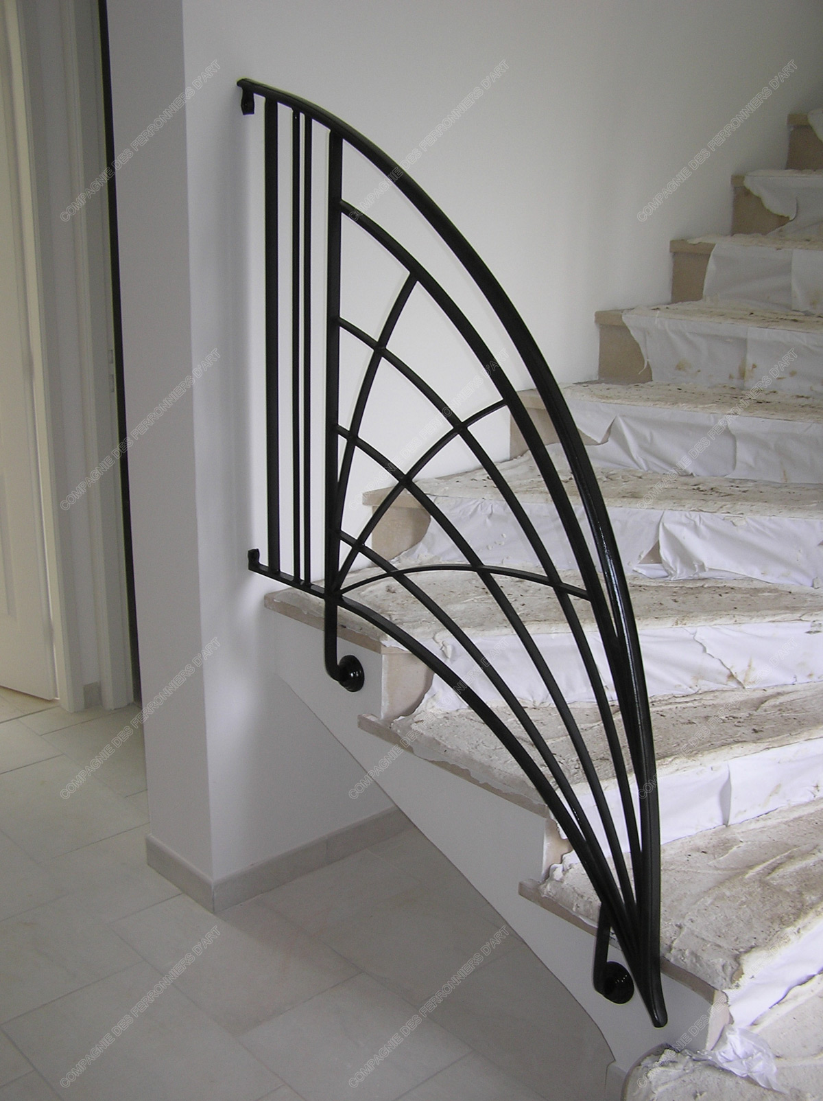 rampes d u0026 39 escalier en fer forg u00e9 art d u00e9coratif   mod u00e8le soleil crois u00e9