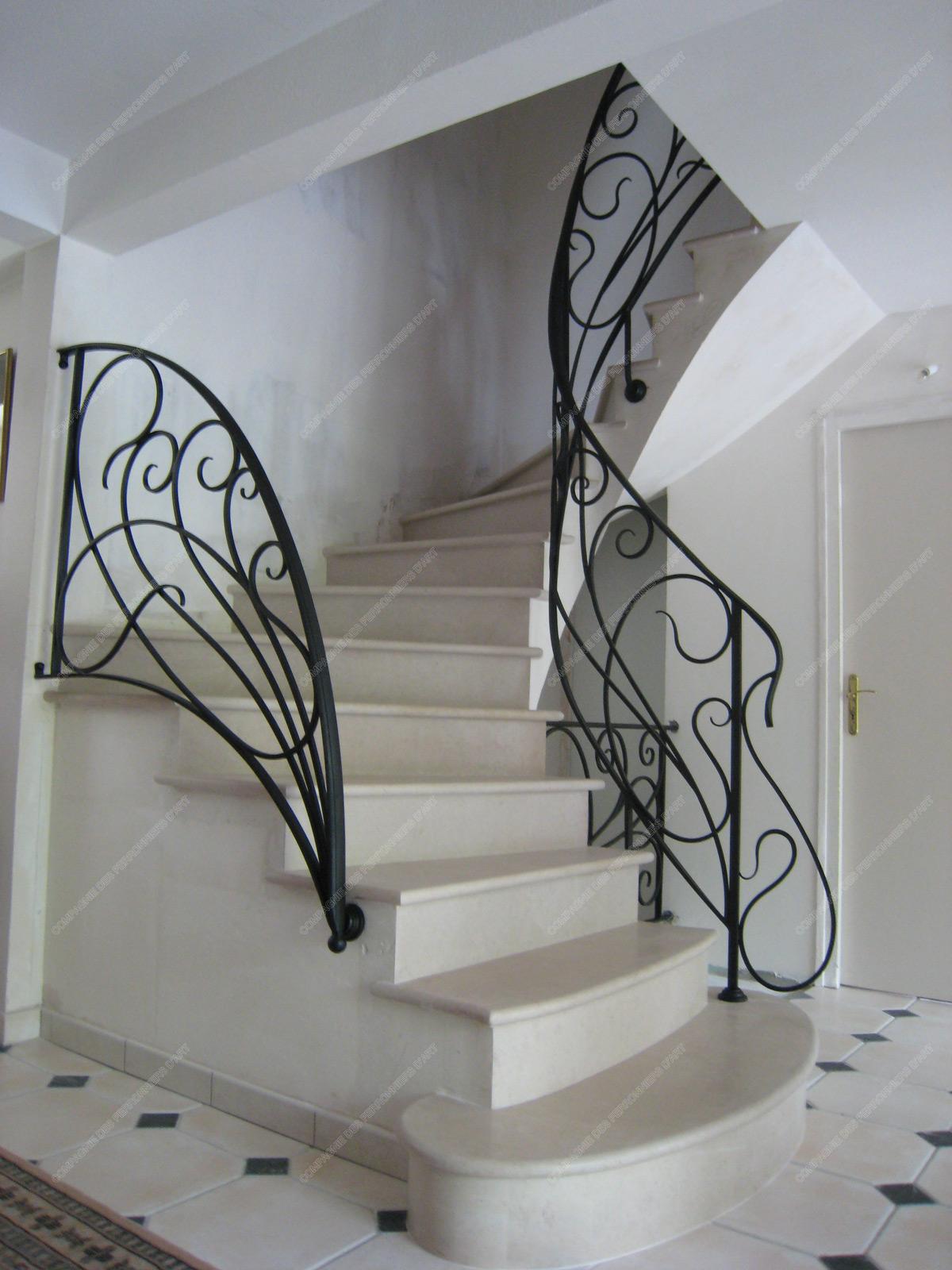rampes d 39 escalier en fer forg art nouveau mod le liane. Black Bedroom Furniture Sets. Home Design Ideas