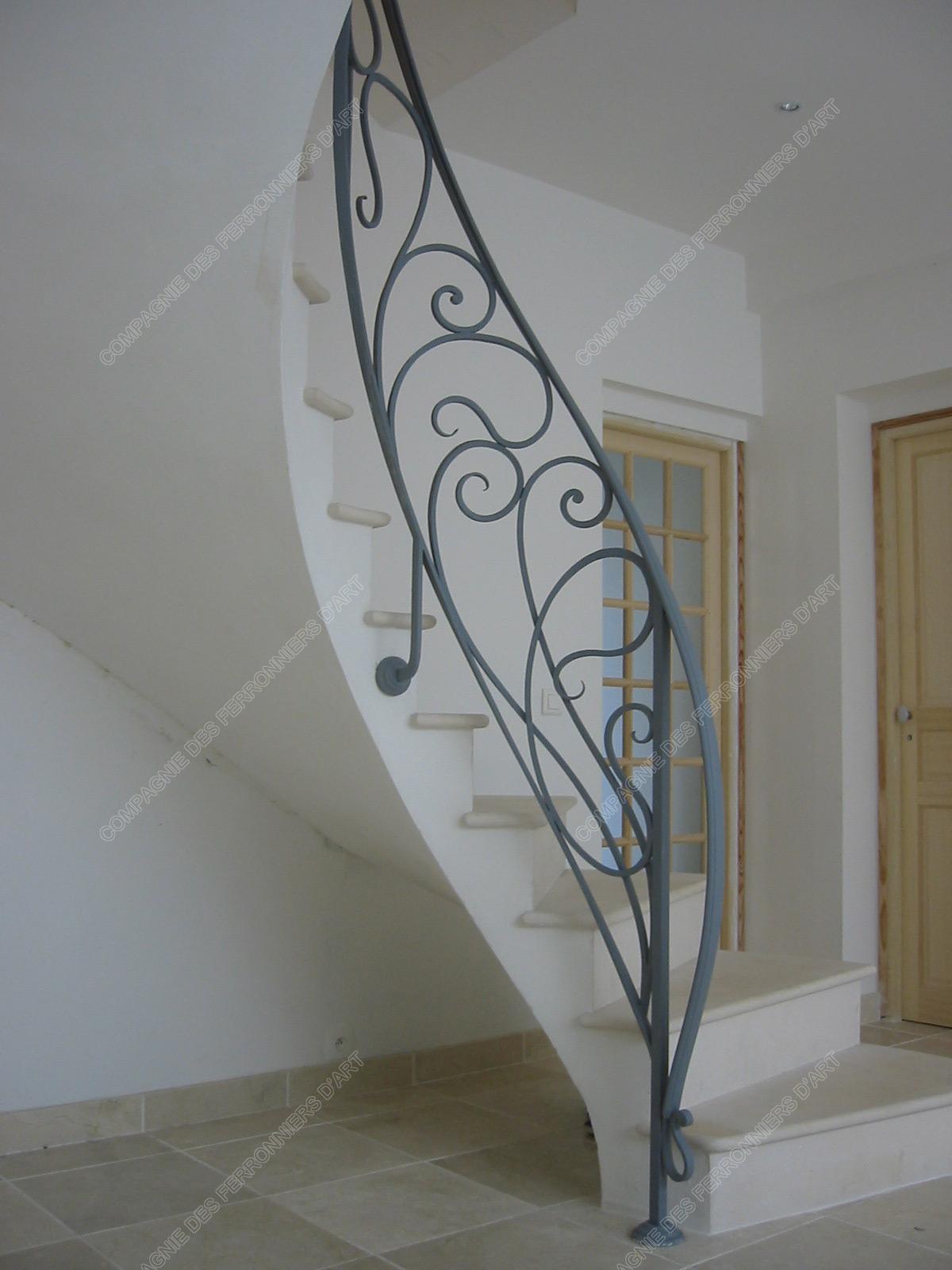 Rampes d 39 escalier en fer forg art nouveau mod le liane for Dessin en fer forge