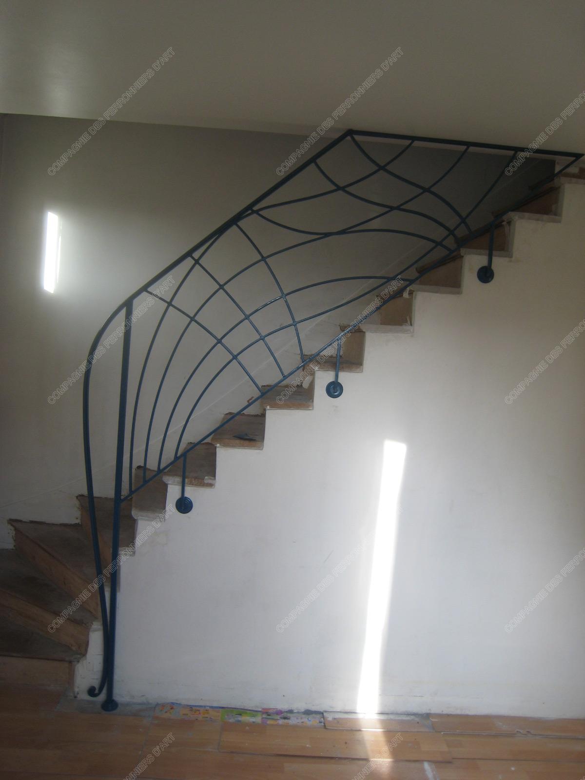 Rampes d\'escalier en fer forgé Art nouveau : Modèle Vagues croisées