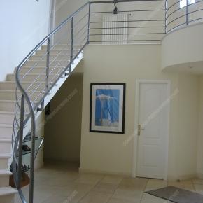 rampes d 39 escalier en fer forg style design fonctionnel. Black Bedroom Furniture Sets. Home Design Ideas