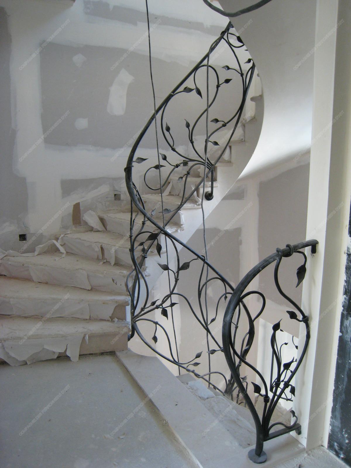 rampes d 39 escalier en fer forg floral et v g tal mod le. Black Bedroom Furniture Sets. Home Design Ideas