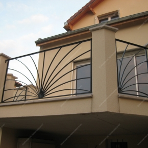 Balcon garde corps beautiful garde corps extrieur with for Modele terrasse moderne